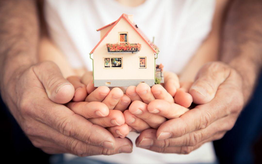 Vendere immobile ereditato: affidarlo a qualcun altro è giusto? E soprattutto, è morale?